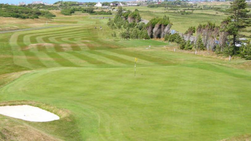 Holyhead golf club 5112bee27acf7