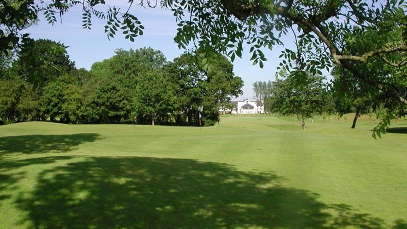 Hl golfcourse03 8 746x420 fittoboxsmalldimension center